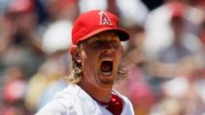 Jered Weaver tuvo otr gran salida e impidió que los Rangers anotaran car...