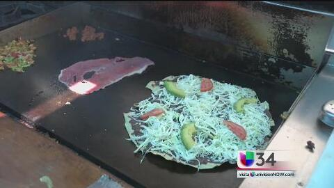 Familia de Oaxaca derriba fronteras con su comida
