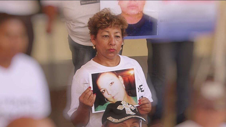 Viajan por México buscando a sus seres queridos desaparecidos