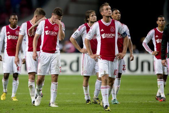 Ajax, que sí marcó el tanto de la honra, no tuvo más que aceptar la derr...