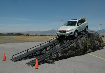 Como en todo vehículo Volvo, el apartado de seguridad siempre ser...
