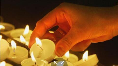 Realizan una vigilia en memoria de la pareja asesinada en Pomona