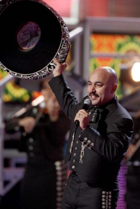 6.- Lupillo Rivera: Basta de raperos, es momento de cambiar de ritmo y v...