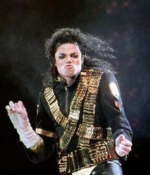Según la demandante, Michael Jackson usó su relación para las canciones...