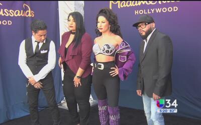 Develan la figura de cera de Selena en el museo Madame Tussauds de Holly...