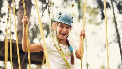 Te presentamos una selección de campamentos para los niños más aventureros.