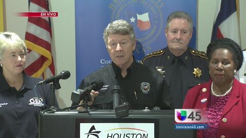 Autoridades de Houston anuncian plan ante emergencia