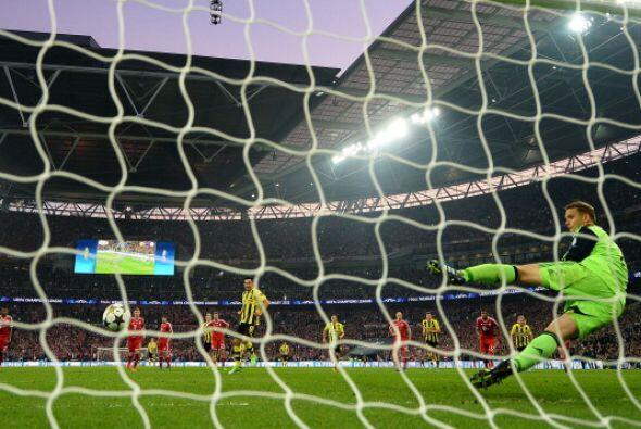 El gol del Borussia visto desde otro ángulo.