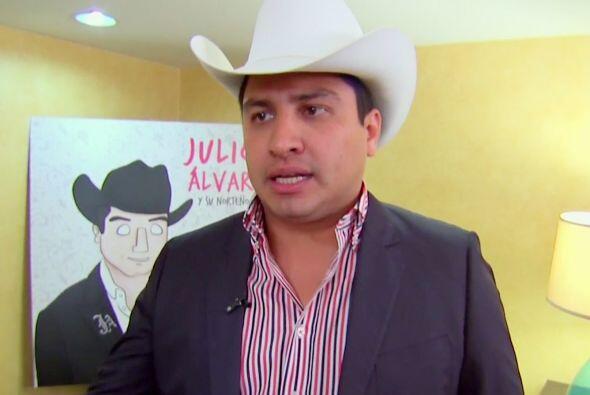 """Julión Álvarez actualmente promueve su disco """"Soy lo que quiero: indispe..."""