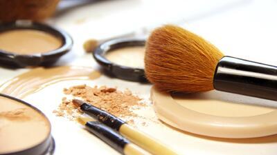 Si tu maquillaje se rompió ¡no lo tires! Arréglalo con estos tips