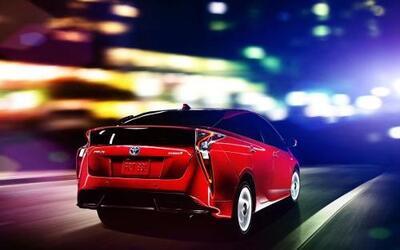La marca japonesa presentó al Toyota Prius 2016.