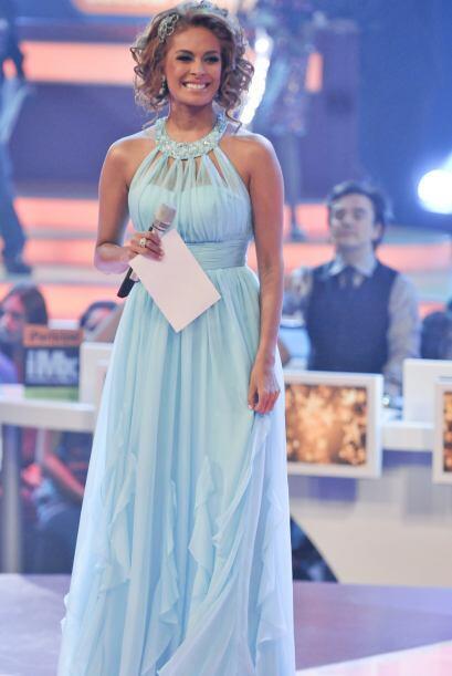 Con este vestido azul vaporoso, Galilea lucía su delgada figura.