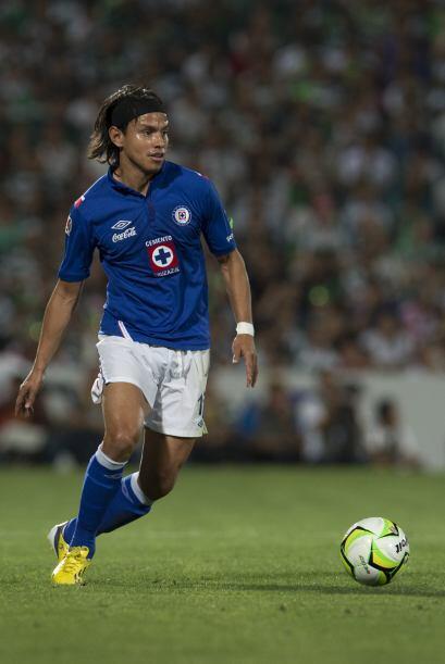 Gerardo Flores.- El defensa de Cruz Azul ha vuelto de su lesión y...