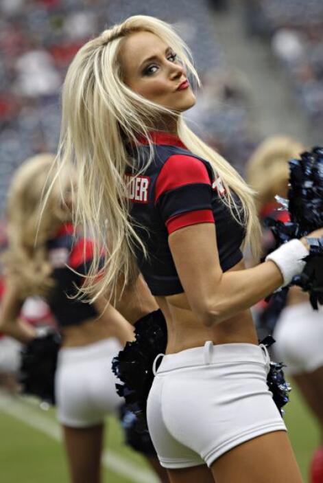 Para esta Navidad nada más bello y hermoso que las porristas de la NFL,...