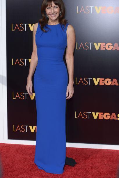 La que lució bellísima con un vestido azul fue nada menos...
