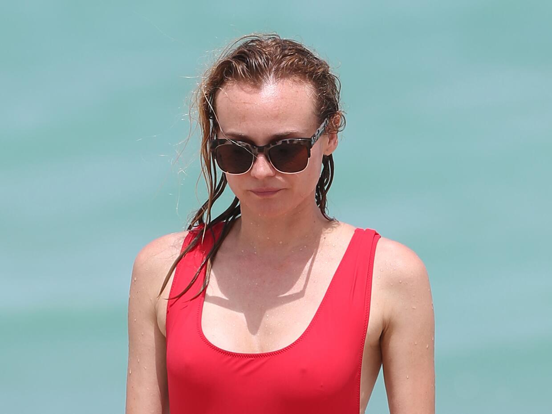 Diane Kruger disfruta de las playas de Miami.