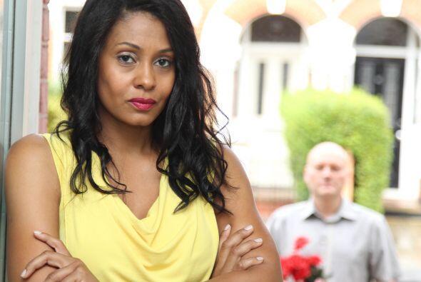 Erica Valentine es una modelo, que está preocupada por no poder encontra...