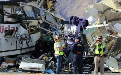 Chofer de autobús turístico que falleció en aparatoso accidente en Calif...