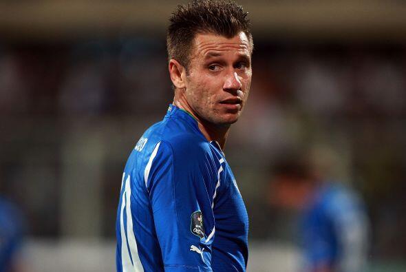 Las eliminatorias rumbo a la Eurocopa se disputaban y Cassano era el com...