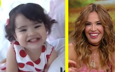 #DAEnUnMinuto: Karla se puso cursi y a Giulietta le gusta sacar la lengua