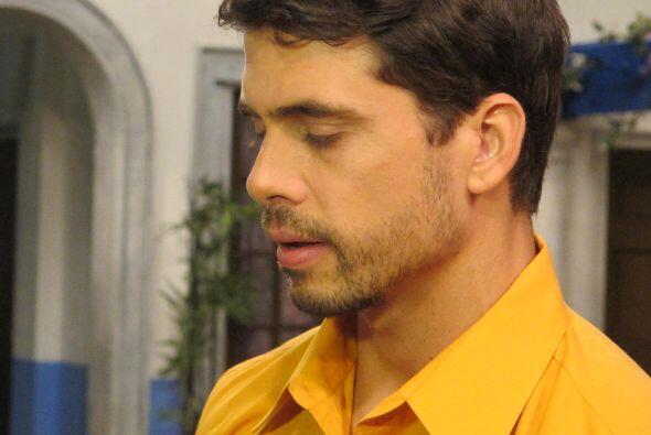 Sorprendimos a Ale Espinoza muy bien acompañada del galanazo de 'Mira Qu...