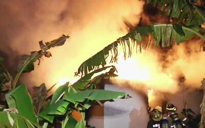 Se incenda casa en el noroeste de Miami