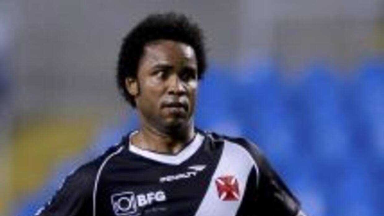 El centrocampista Carlos Alberto Gomes de Jesús, quien militó entre otro...