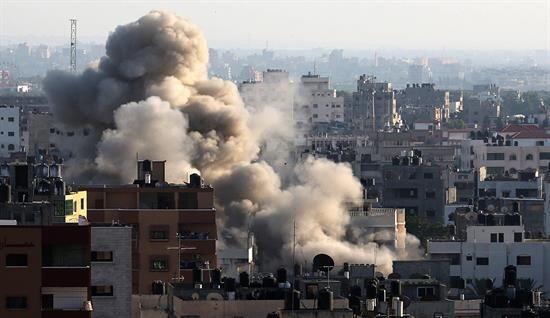 Sin embargo, hace tres días Israel comenzó una ofensiva contra la Franja...