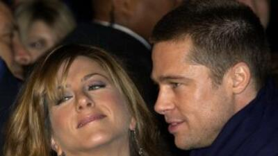 Podría ser posible que Brad Pitt haya dejado a Jennifer Aniston por ser...