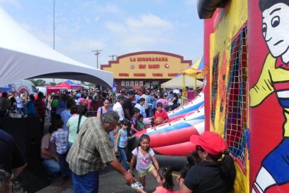 La celebración se debió al 25 aniversario de 'La Michoacana'.