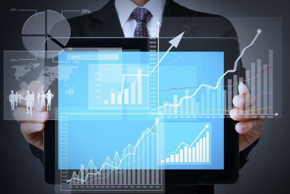 CIENCIA DE DATOS - La ciencia de datos se basa en varios campos, incluye...