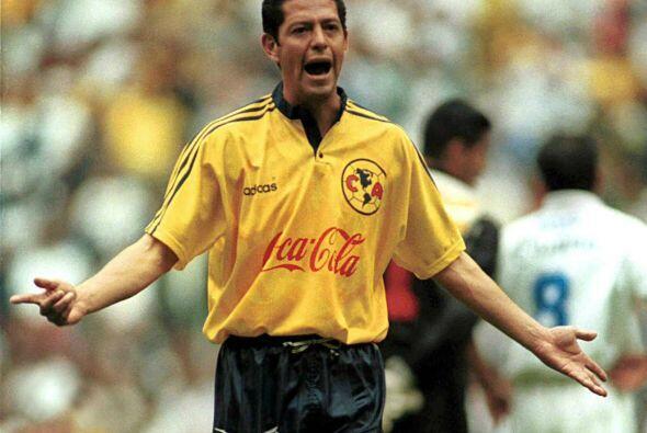José Luis Salgado: El zaguero debutó con Pumas sin destaca...
