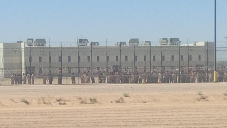 Detenidos en huelga enfrentan retaliación   IMG_20150613_102031.jpg