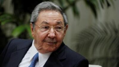 Raúl Castro, a quien su hermano Fidel cedió el mando cuando enfermó en 2...