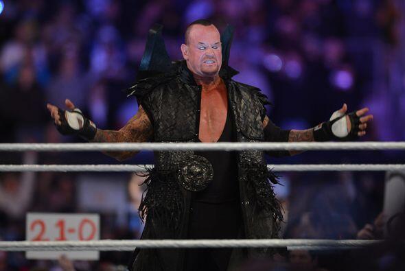 A sus 48 años, y luego de dos lesiones, el Undertaker buscaba llegar a 2...