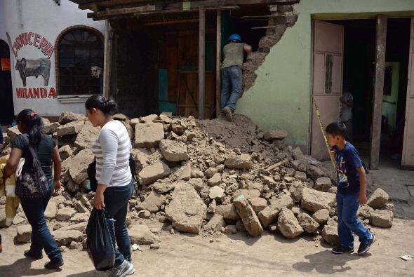 En México En la ciudad hubo reporte de bardas caídas y afe...