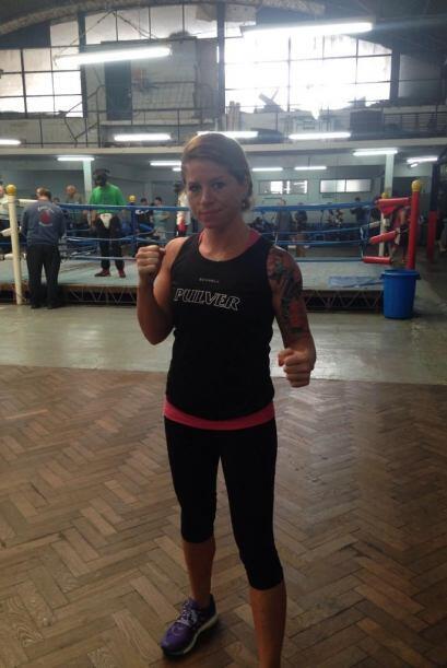 Aunque también trabaja duro y es peligrosa en el boxeo (Foto Twit...