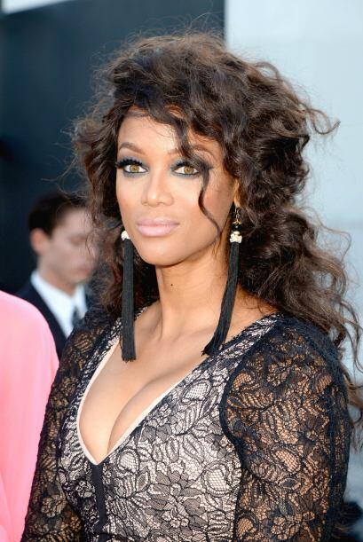 Tyra Banks La modelo dejó claro en su sitio web que nunca ha usado droga...