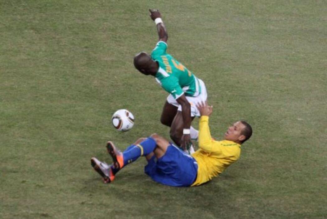 Al final, los sudamericanos derrotaron 3-1 a los africanos.