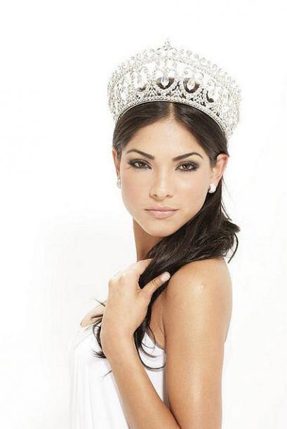 Alejandra Espinoza se convirtió en la primera reina de Nuestra Belleza L...