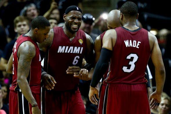 Los Spurs aprovecharon la ventaja de cancha y la salida de LeBron James...