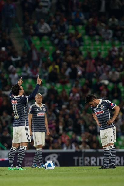 Chivas hizo su presentación en el torneo y sus jugadores se encom...