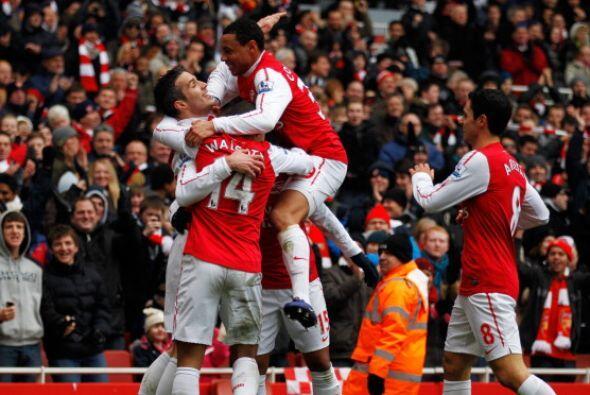 El Arsenal destrozó al Blackburn por 7 a 1.