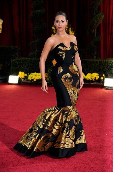 No es por ofender a la madre de Beyoncé, pero este 'vestidito' que le co...