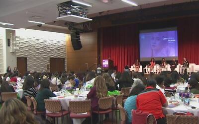 Cientos de jóvenes participaron en una cumbre dedicada a impulsar el pro...