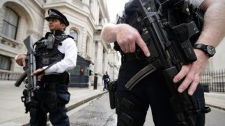 Los agentes de la unidad antiterrorista de Scotland Yark han registrado...