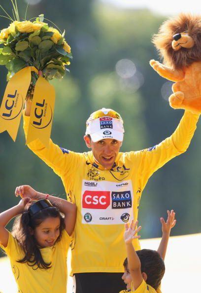 En el 2008 el ganador del Tour fue el escalador español Carlos Sastre, u...