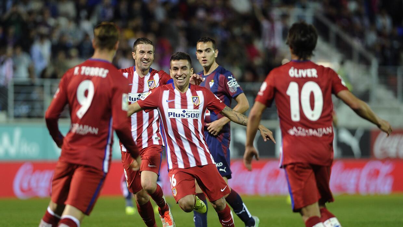 Ángel Correa y Fernando Torres anotaron los goles del Atleti.