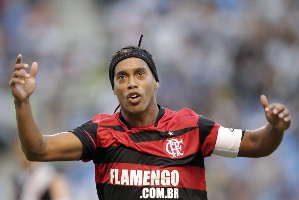 Ronaldinho tuvo una actuación aceptable pero a su favor también vale aco...