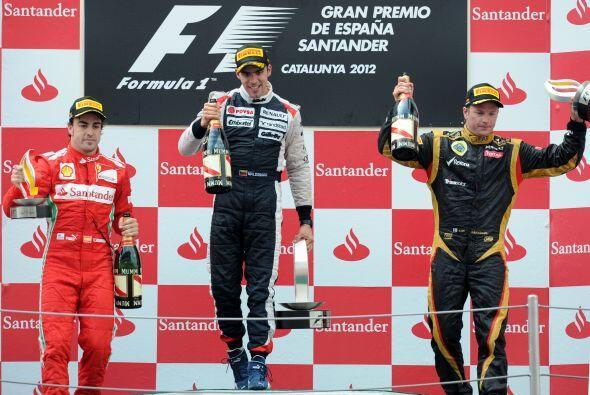 Pastor Maldonado estuvo acompañado por Fernando Alonso y Kimi Rai...